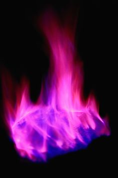 These simple instructions help you make colored fire in every color of the rainbow via an easy home chemistry project. How To Make Purple, How To Make Fire, Make Color, Pinecone Fire Starters, Flame Test, Colors Of Fire, Purple Fire, Color Changer, Belle Beauty And The Beast
