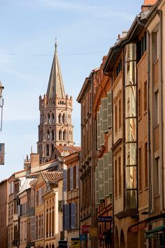 N°6 Et la rue du Taur,Toulouse.  I know someone who goes to school here.