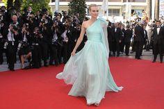 Diane Kruger in muntgroene jurk van Giambattista Valli.