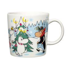 """Seasonal Moomin mug """"Under the tree""""."""