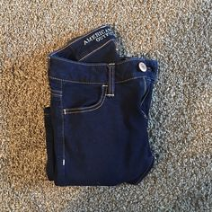 American Eagle capris never worn American Eagle Outfitters Jeans Ankle & Cropped