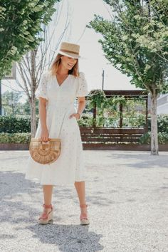 Summer outfit idea, Target dress | TheStyledFox.com