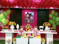 A festa da Clara foi feita com muito amor!!!  Obrigada a mamãe Carolina pela…