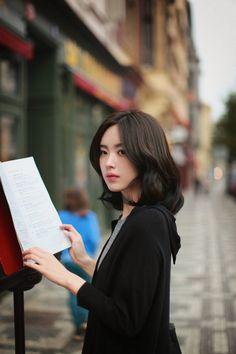 尹善英 윤선영 Korean Fashion Summer, Korean Fashion Trends, Fashion Ideas, Women's Fashion, Korean Beauty, Asian Beauty, Asian Woman, Asian Girl, Yoon Sun Young