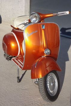 Kandy Orange Vespa with white seat Vespa Vbb, Piaggio Vespa, Scooters Vespa, Motos Vespa, Lambretta Scooter, Motor Scooters, Vintage Vespa, Vespa Girl, Scooter Girl