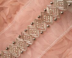 Silver Beaded Lace Trim Sequined Trim 1 Yard For Costume Wedding Dress Belt Bria.- Silver Beaded Lace Trim Sequined Trim 1 Yard For Costume Wedding Dress Belt Brial Sash Jewelry Desig- Hand Embroidery Dress, Bead Embroidery Patterns, Couture Embroidery, Embroidery Fashion, Hand Embroidery Designs, Embroidery Suits, Beaded Embroidery, Zardozi Embroidery, Indian Embroidery