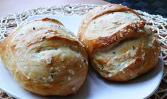 Dom�c� housky z kynut�ho t�sta Baked Potato, Hamburger, Potatoes, Bread, Baking, Ethnic Recipes, Food, Potato, Brot