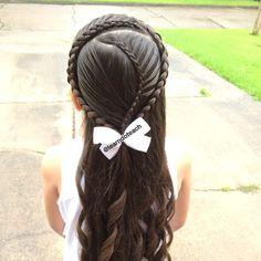Curvy Cascading Dutch Braided Veil inspired by @hair4myprincess #SurpriseKarenBanks