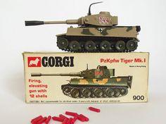 CORGI TOYS MODEL No.900 PzKpfw TIGER Mk1 TANK MIB c1973