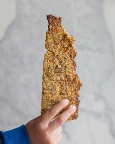 Galleta de Chía y Quínoa apta celíacos - Green Vivant Veggie Recipes, Real Food Recipes, Healthy Recipes, Healthy Biscuits, Crackers, Chia Recipe, Breakfast Toast, Food N, Healthy Smoothies