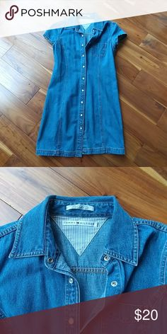 Tommy Hilfiger Jean Dress Super cute Tommy Hilfiger Jean dress, cap sleeves, front snaps, very good condition Tommy Hilfiger Dresses Mini