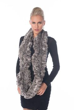 Chinchilla in a deliciously soft infinity scarf - the most luxurious and desirable material in the world in this infinity scarf that will keep you warm while Chinchilla Coat, Coat Outfit, Suit Fashion, Fashion Cape, Winter Fashion, Mink Jacket, Cashmere Cape, Furano, Fur Accessories
