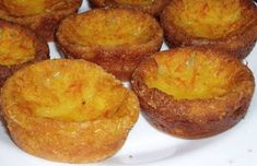 These Portuguese orange and milk tarts (queijadas de laranja) are incredible and very easy to make.