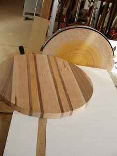 Making a Custom Lazy Susan by BrianM Lazy Susan Table, Diy Lazy Susan, Round Dining Table, Dining Room Table, Projects, Furniture, Home Decor, Log Projects, Dining Table