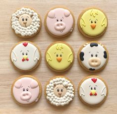 Galletas de animalitos de granja 🐤 Pídelas al 📱0995745708 . . . . . #cookies #decoratedcookies #decoratedsweets #sweettreats #edibleart… Farm Cookies, Easter Cookies, Birthday Cookies, Cookie Icing, Royal Icing Cookies, Sugar Cookies, Farm Birthday, Cute Desserts, Baby Shower Cookies