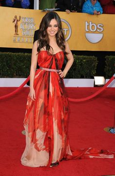 Mila Kunis in Alexander McQueen (2011) | 30 Of The Most Stunning SAG Award Looks Of All Time