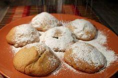 Ονειρεμένα μηλοπιτάκια ακόμα και γι΄αυτούς που δεν νηστεύουν! Vegan Vegetarian, Vegetarian Recipes, Biscotti, Kids Meals, Bakery, Favorite Recipes, Sweets, Bread, Apple