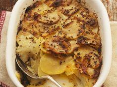 Kartoffelauflauf mit Senfkruste ist ein Rezept mit frischen Zutaten aus der Kategorie Wurzelgemüse. Probieren Sie dieses und weitere Rezepte von EAT SMARTER!