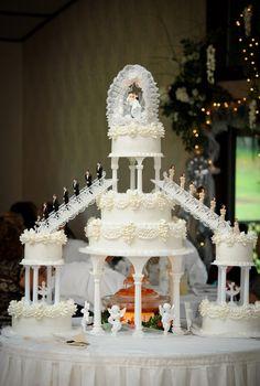 Extravagant Wedding Cakes, Big Wedding Cakes, Amazing Wedding Cakes, Elegant Wedding Cakes, Wedding Cake Designs, Wedding Cake Toppers, Wedding Themes, Wedding Decorations, Trendy Wedding