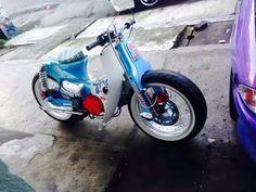 Cub Burning Wheel, Minibike, Honda Cub, Honda Bikes, Super Bikes, Cool Bikes, Scooters, Cars And Motorcycles, Cubs