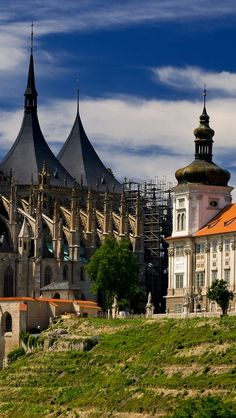 Kutna Hora ('Church of Bones'), Czech Republic Beautiful Places In The World, Places Around The World, Travel Around The World, Wonderful Places, Around The Worlds, Bolivia, Travel Sights, Prague Czech Republic, World Religions