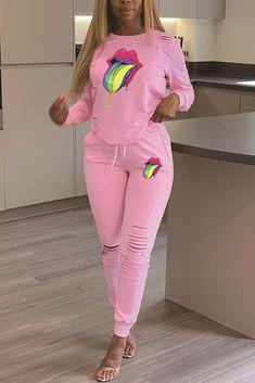 Trend Fashion, Pink Fashion, Fashion Outfits, Style Fashion, Fashion Today, Latest Fashion, Pink Two Piece, Two Piece Pants Set, Fashion Pattern