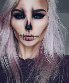 Halloween : 15 idées de maquillages faciles à faire Tuto maquillage Halloween Related posts:Einfache Make-up-Ideen; Festival Make-up; Prom Makeup She . - wedding makeup ideas with bare lips – makeup art –. Halloween Inspo, Halloween Makeup Looks, Halloween Halloween, Halloween Skeleton Makeup, Pretty Skeleton Makeup, Men Skeleton Makeup, Vintage Halloween, Mermaid Halloween Makeup, Halloween Makeup Vampire
