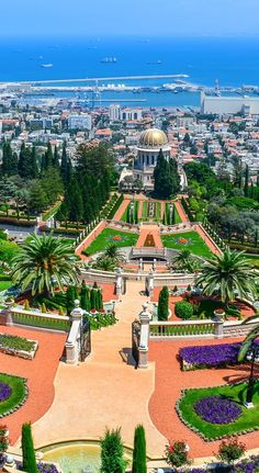 10 Famous Historical Monuments in Europe You Must Visit While on a Mediterranean Cruise Baha'i Gardens, Haifa, Israel Places Around The World, The Places Youll Go, Travel Around The World, Places To See, Around The Worlds, Voyage Israel, Wonderful Places, Beautiful Places, Haifa Israel