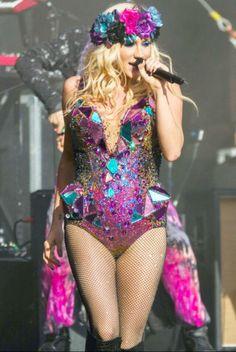 Kesha in concert♥ #Kesha #Kesha_Sebert #Celebrities
