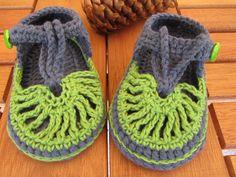 baby crochet sandals by steficrochetideas on Etsy https://www.etsy.com/listing/237384014/baby-crochet-sandals