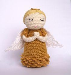 Anjel strážny I. Crochet Angels, Pretty Dolls, Beautiful Crochet, Snowflakes, Teddy Bear, Stars, Knitting, Christmas, Handmade