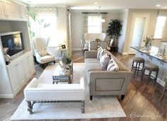 love this living room layout.. such a great use of space!