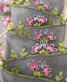 Crochet Unique, Needle Tatting, Elsa, Coin Purse, Embroidery, Stitch, Wallet, Beautiful, Instagram
