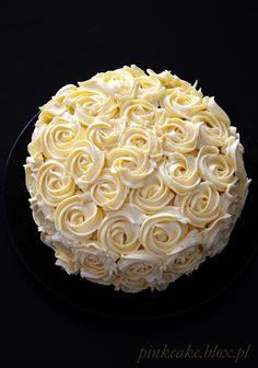 czekoladowy tort w róże
