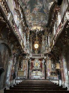 Photo Diary from Munich, Germany, Nymphenburg Palace, Munich Cathedral, Travel Europe Germany Travel Acesse no Site para informações http://storelatina.com/germany/travelling #viagemgermany #viajem #traveling #Alemanha Germany Travel Méi Informatiounen zu eisem Site http://storelatina.com/germany/travelling