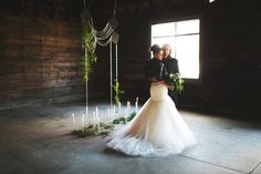 Rock and Roll Chic Wedding | Natural + Minimalist + Industrial | Black & White |