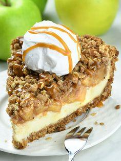 Apple Crisp Cheesecake Pie - OMG Chocolate Desserts Apple Crisp Pie, Apple Crisp Cheesecake, Cheesecake Pie, Apple Crisp Recipes, Best Apple Crisp Recipe, Best Apple Recipes, Birthday Cheesecake, Apple Pie Recipe Easy, Caramel Apple Crisp