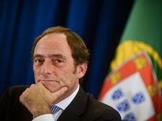 Ex-líder do CDS vai passar a comentar a actualidade semanalmente no Jornal das 8 na TVI