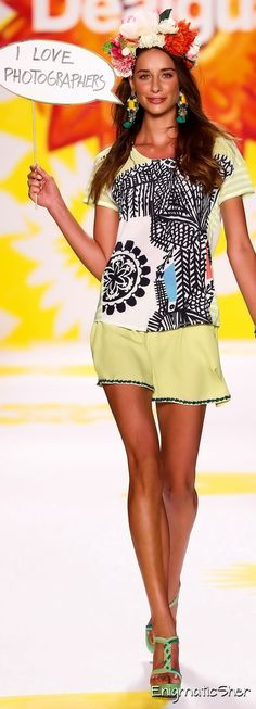 Desigual Spring Summer 2015 Ready-To-Wear