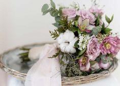 Winterliche Brautsträuße – Blumenkunst als Accessoire