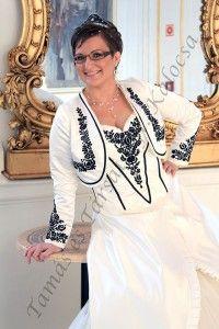 Ó-kalocsai menyasszonyi ruha