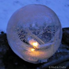 DIY Fire & Ice Lanterns ~ MAD IN CRAFTS; punch balloons nearly filled & frozen. Insert a spacer so you can place a battery tea light inside when done. Fire and ice party Holiday Crafts, Fun Crafts, Holiday Decor, How To Make Lanterns, All Nature, To Infinity And Beyond, Fire And Ice, Winter Fun, Winter Walk