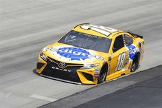 """If Joe Gibbs Racing isn't back, it's hard to say what """"back"""" is.Kyle Busch put his No. 18 JGR Toyota on the pole for Sunday's AAA 400 Drive for Autism at Dover . Nascar Heat, Nascar Race Cars, Kyle Busch Car, Kyle Busch Motorsports, Martin Truex Jr, Chevrolet Ss, Daytona International Speedway, Vintage Race Car, Toyota"""