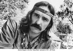 Dennis Lee Hopper '(May 1936 - May was an American actor, filmmaker and artist. Dennis Hopper Easy Rider, I Movie, Movie Stars, Movie List, Dennis Lee, Free Films, Making A Movie, Jack Nicholson, Music Film