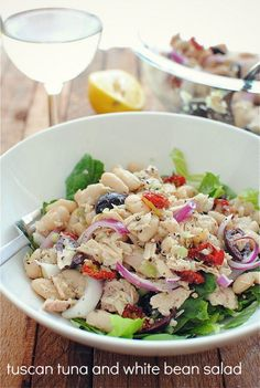 Going to make this tonight: Tuscan Tuna & White Bean Salad | Recipe from Blogger Bev Cooks