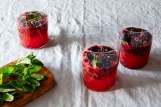 Blackberry Ginger Ale Mojito