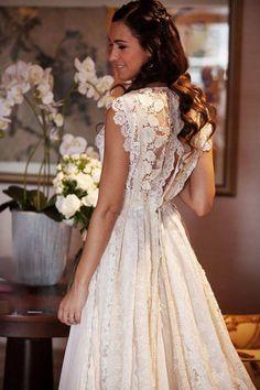 Vestidos de novia de Helena Mareque - Style Lovely #Bordados, #Diseñadora…