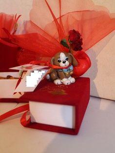 Kit 6 Bomboniere Laurea Cagnolino Libro Pergamena Rosso
