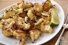 Heerlijke citroenkip met spinazie! Hoe eet jij je kipfiletje vaak? Met een beetje zout en peper of gewoon in blokjes door een saus? Dat kan allemaal veel lekkerder! Maak dit recept eens klaar en je zult versteld staan van wat je allemaal met je kippetje kunt doen.  Je hebt de volgende ingrediënte