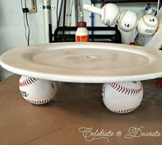 DIY Tiered Baseball Snack or Cupcake Display Stand Get ready to delight your guests! This baseball idea will make your next party look like it was catered—in just a few steps: Baseball Snacks, Baseball Cupcakes, Baseball Crafts, Baseball Stuff, Baseball Mom, Baseball Shirts, Baseball Themed Baby Shower, Baseball Theme Cakes, Baseball Plays